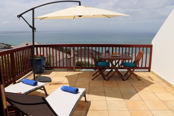 Aquamarine Guest House - Superior sea view room