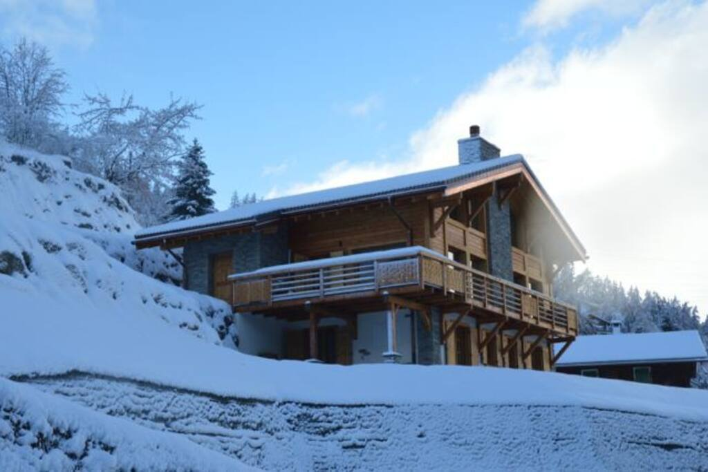 Main entrance to the chalet