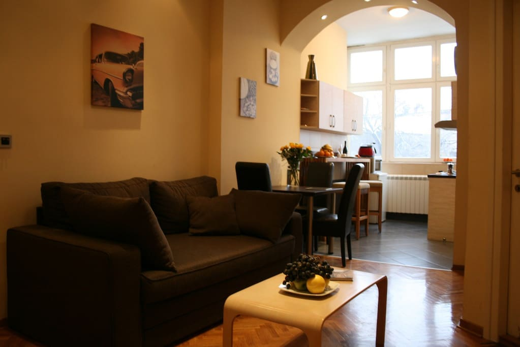 Livingroom with double sofa bed