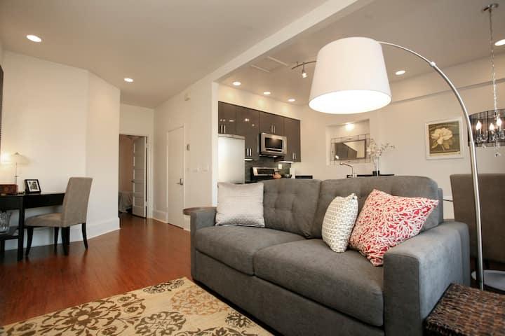 Chic 1BR Apartment on Grant Avenue