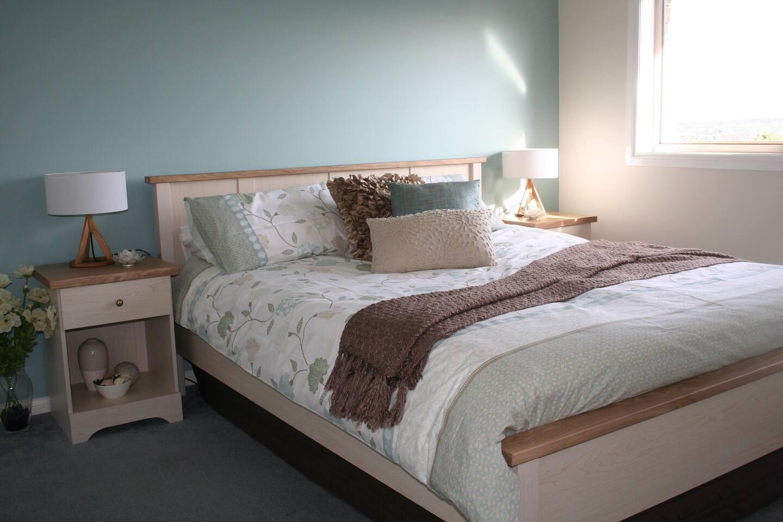 Summer Room (main bedroom)