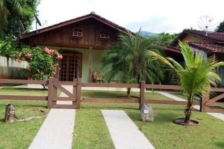 Casa em Caraguatatuba praia da Mococa