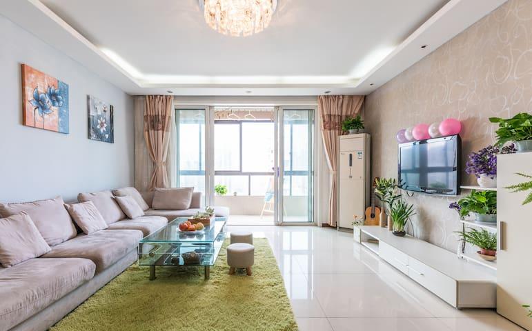 临运河近西湖—阳光飘窗独立卫浴超大房,枕水风情小调, 146㎡完美空间 - Hangzhou - Appartement