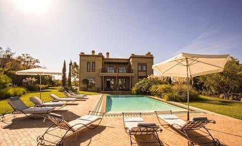 Villa de Luxe avec Golf -Tennis- Piscine
