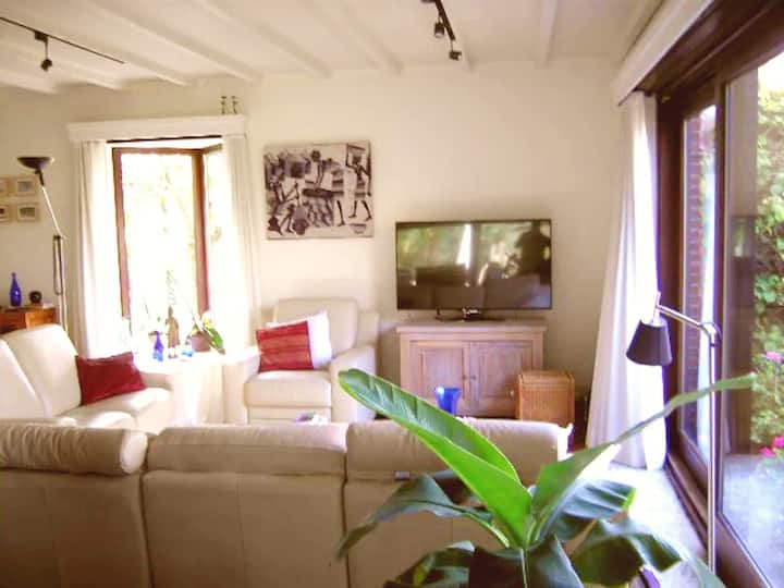 stylish private rural house,5k Antwerp city center