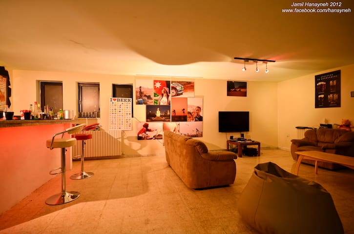 Basement with bed in heart of Amman
