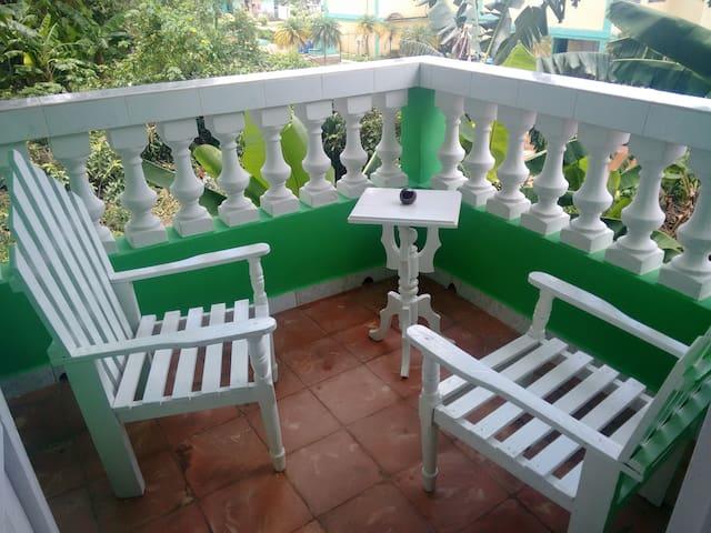 Villa El Pollo.