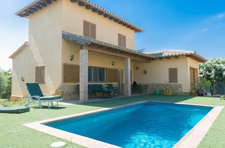 3 bedroom villa in Masos de Pals, w/ pool, garden and bbq (H43)