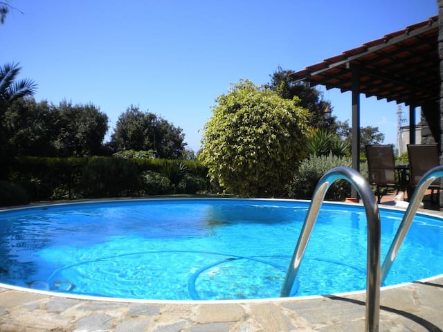 LOFT, POOL AND GARDEN IN TACORONTE - WIFI - GARAGE - Tacoronte - Osakehuoneisto