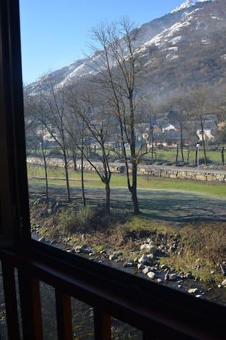 Vistas al río Garona
