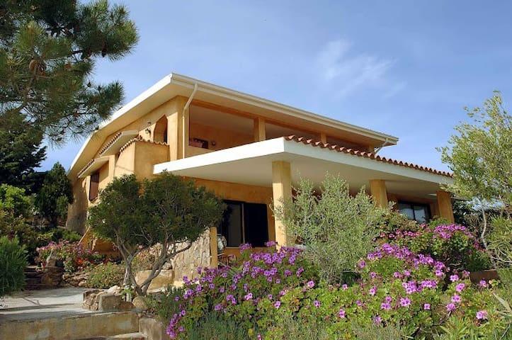 Ferienwohnung mit Traumblick auf das Meer - Posada - Apartemen