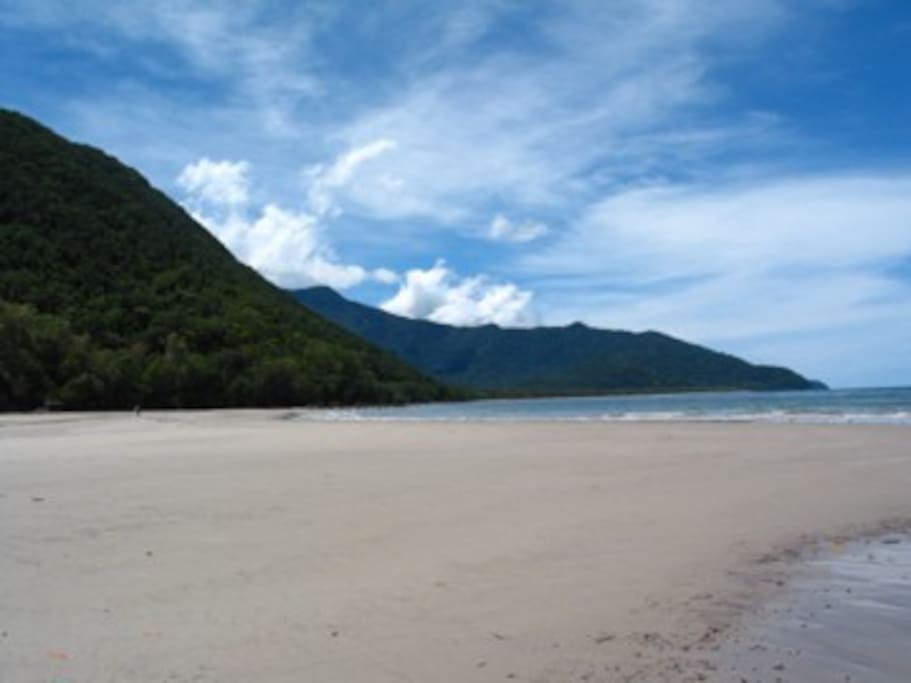 Thornton Beach looking north with Cape Tribulation in background