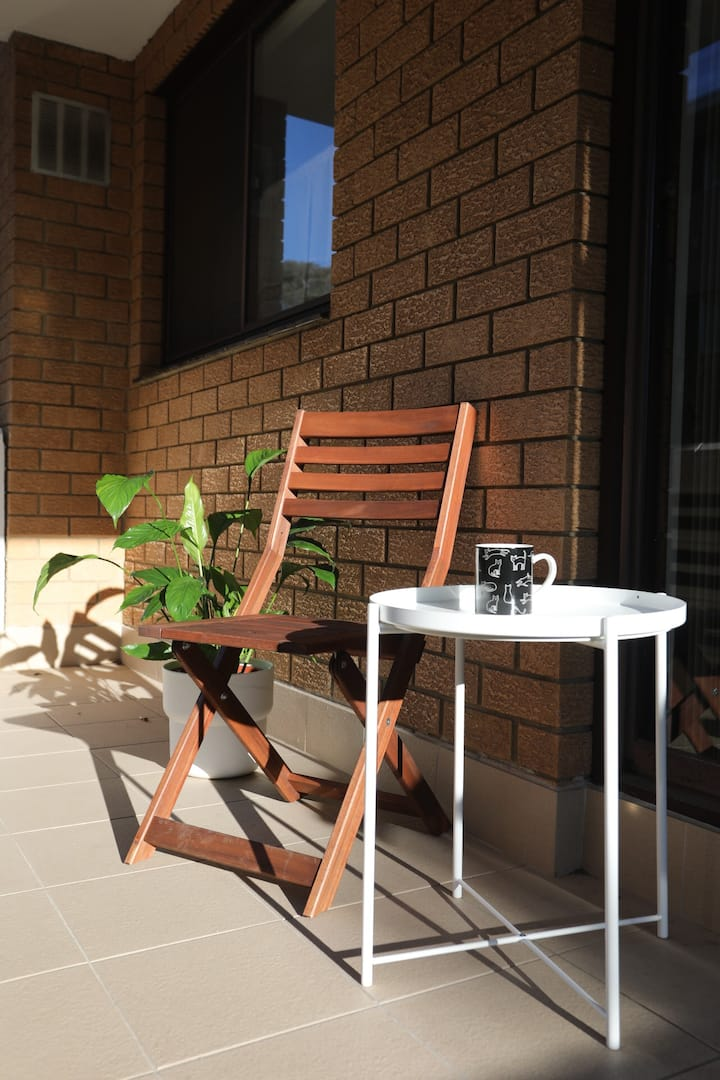 Minutes walking from Hornsby Station/Westfield