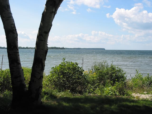 Door County Waterfront Cottage - Sturgeon Bay - Casa