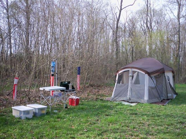 Tent Camping Getaway @Grins & Pickin's CampFarm
