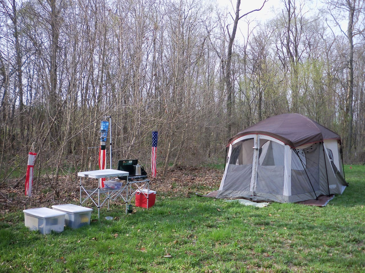A campsite set up for you! Tent, cook stove, 2 coolers, cookware & dinnerware. Air mattress and bedding is included.