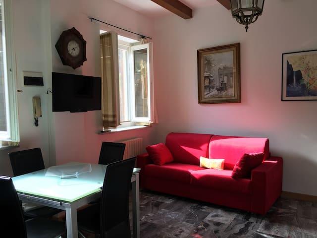 Dependance. 2 camere+ 2 bagni - Bordighera - House