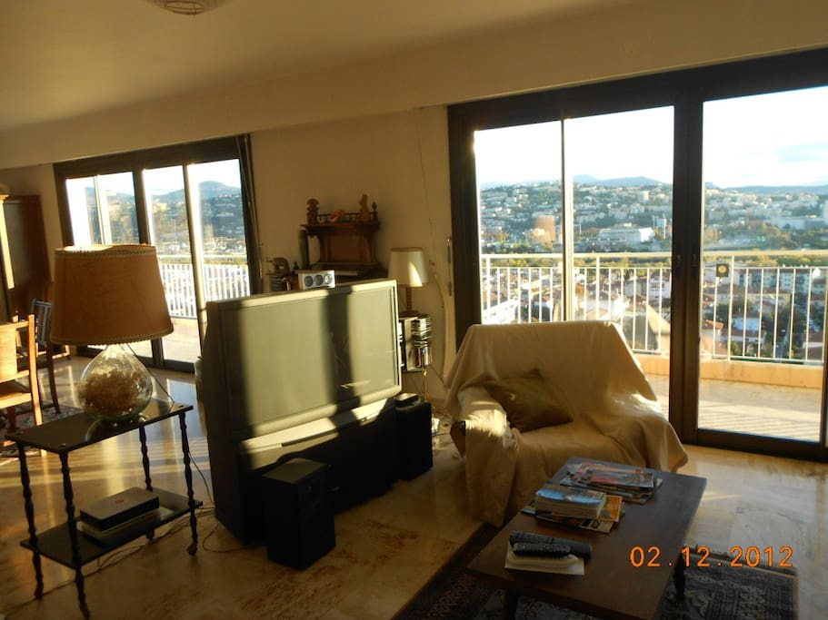large appartment 120 m2  sea view