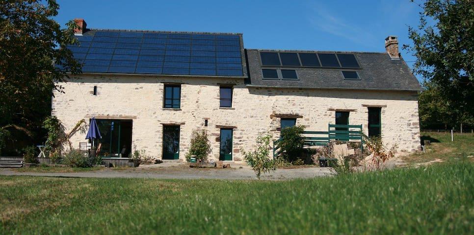 Ecolodge La Belle Verte - Saint-M'Hervé - Casa
