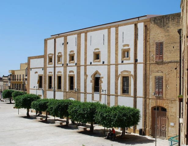 Bellumvider Palazzo Pignatelli - Castelvetrano - Bed & Breakfast