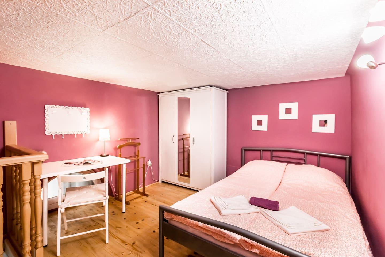 Bedroom - gallery