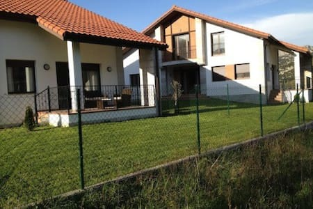 200m2 new house in  fantastic place - Liendo