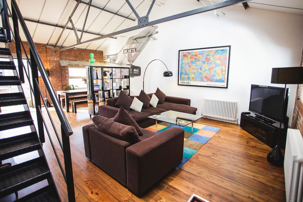 The Loft has a spacious open plan layout with high ceilings and lots of exposed brick work but don't worry it's still warm and cosy.