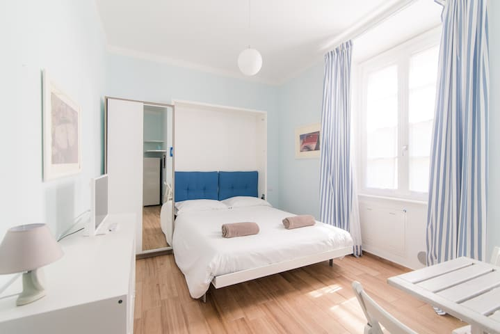 """""""Taaac Apartment"""" In The Heart Of Como"""
