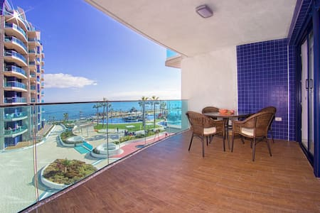 New lux apart on the beach incredible sea view
