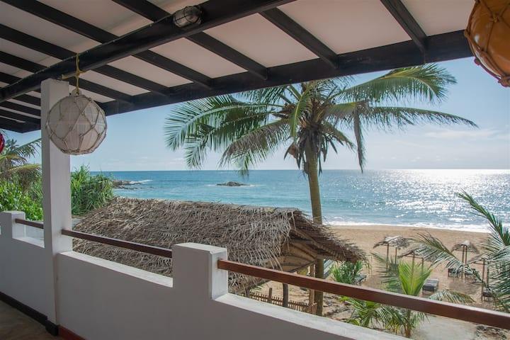 Sailors' Bay - Sea view with Balcony