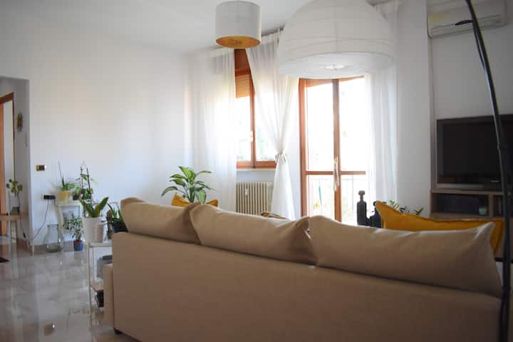 Camera con vista su Reggio Emilia Fabiana&Stefano