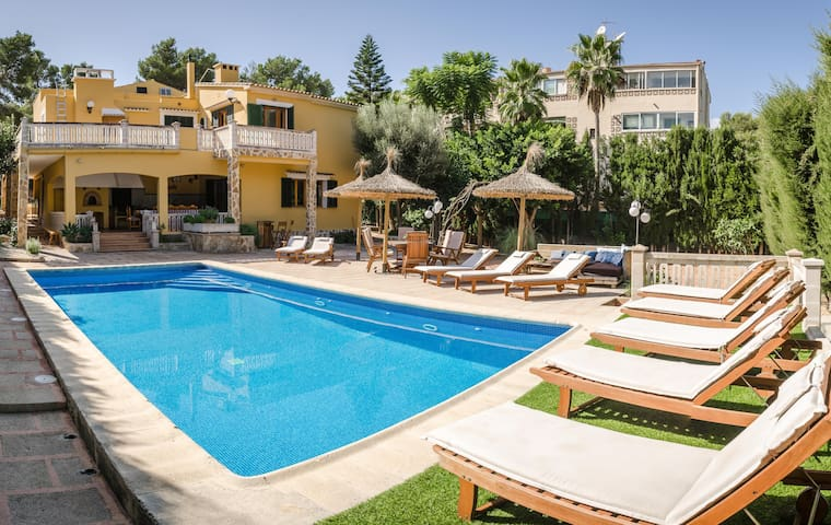 Family Villa Son Verano at Cala Blava