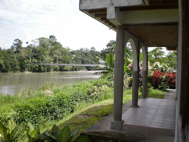 Napo Ecuador 10 pers cottage orinte