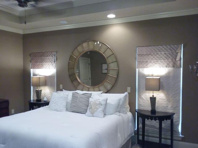 Decorator master suite.