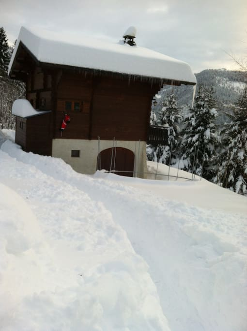 Chalet Le Prariand in winter