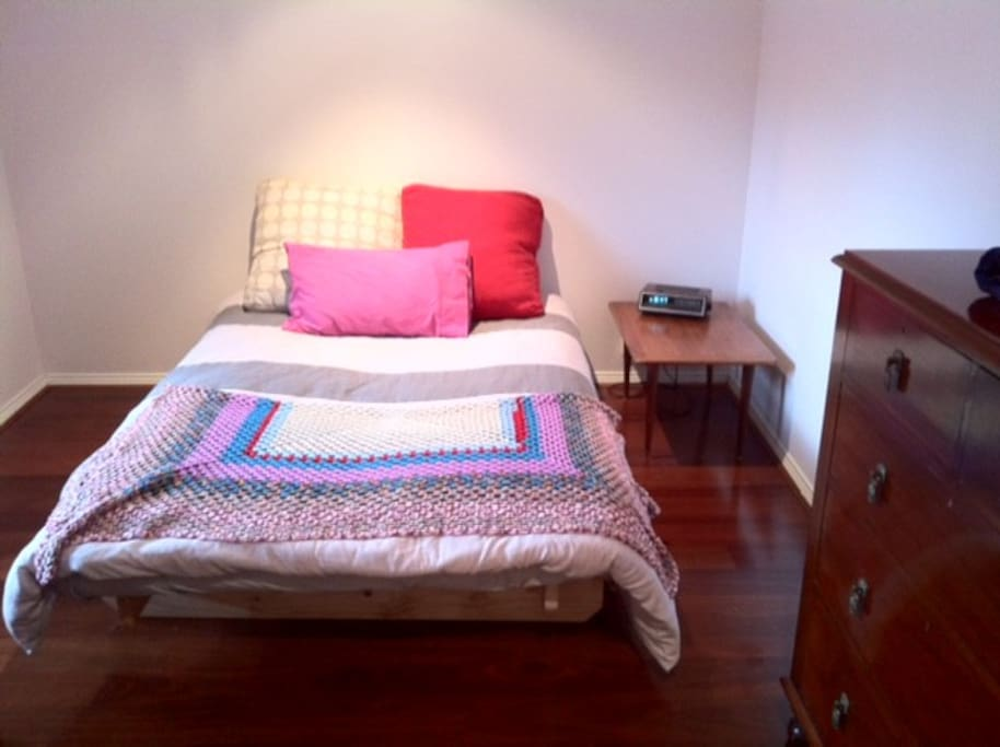 How To Book Rooms At Melbourne Uni