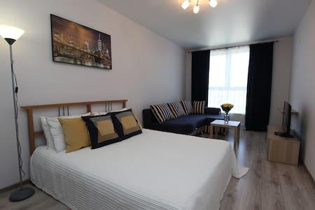 Апартаменты на Красной 176 - Krasnodar - Apartemen berlayanan