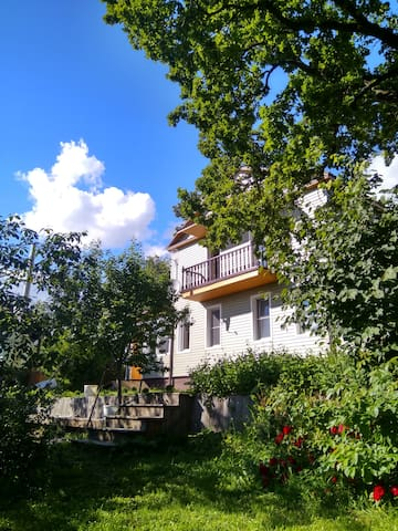 Семейный дом с баней в деревне Демидково 14А