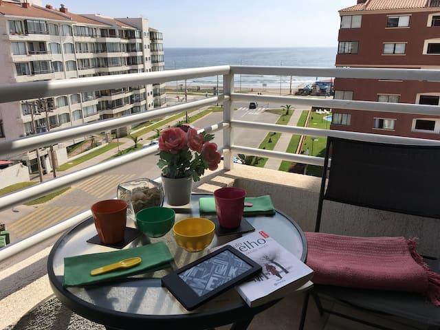 Vista al mar, WIFI, Piscina,Garaje,Porteria.