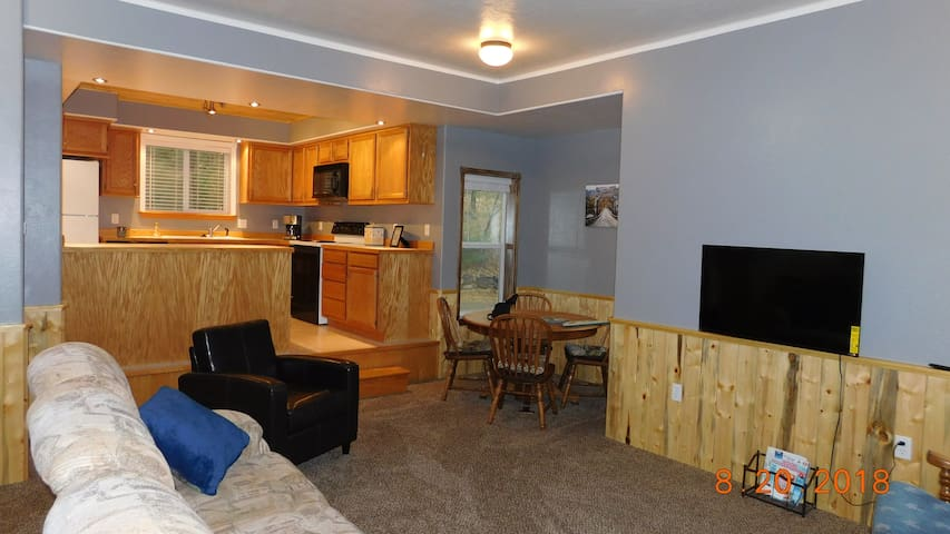 Steelhead RV/Vacation Rentals