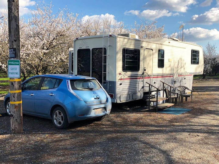 Almond Country Restful 5th Wheel Estate