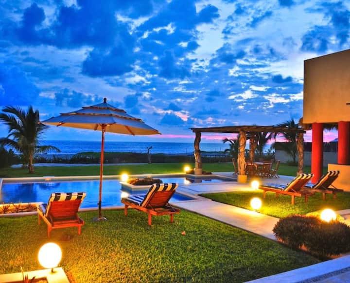 Oceanfront luxury villa Casa Serena