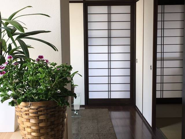 Beautiful flat in central Kyoto烏丸御池 - 中京区油小路通下る式阿弥町137番3 - Ortak mülk