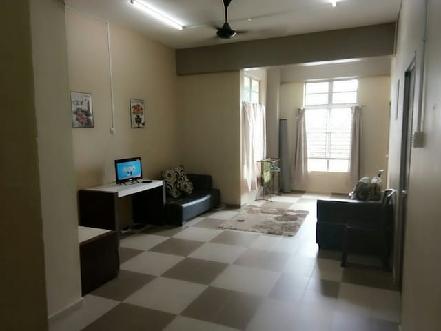 ULFAH TERMINAL BUS (2) 2  BED ROOM 2  DOUBLE BED