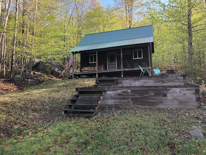 """The Ledges Cabin"" - Beautiful Off Grid near A.T."