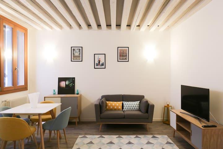 VENICE lovely & sweet home
