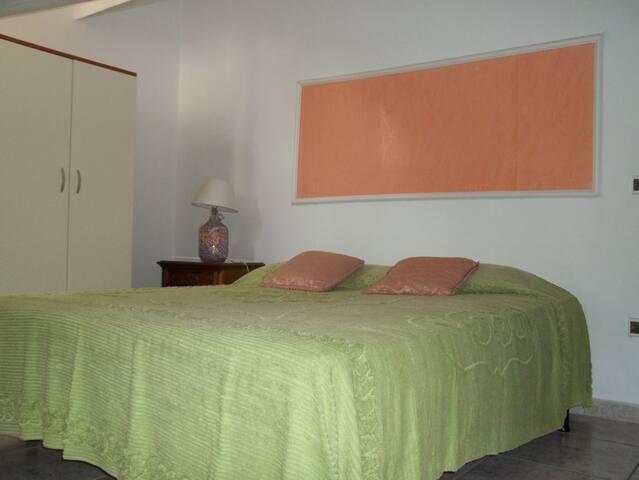 2 Casa vacanza - San Lucido - บ้าน