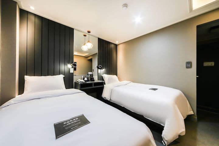 호텔온(HOTEL ON) - 트윈룸(Twin Room)