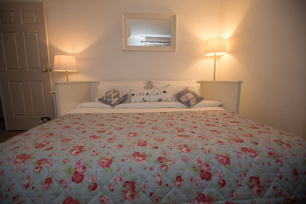 The White Room (as double bed)