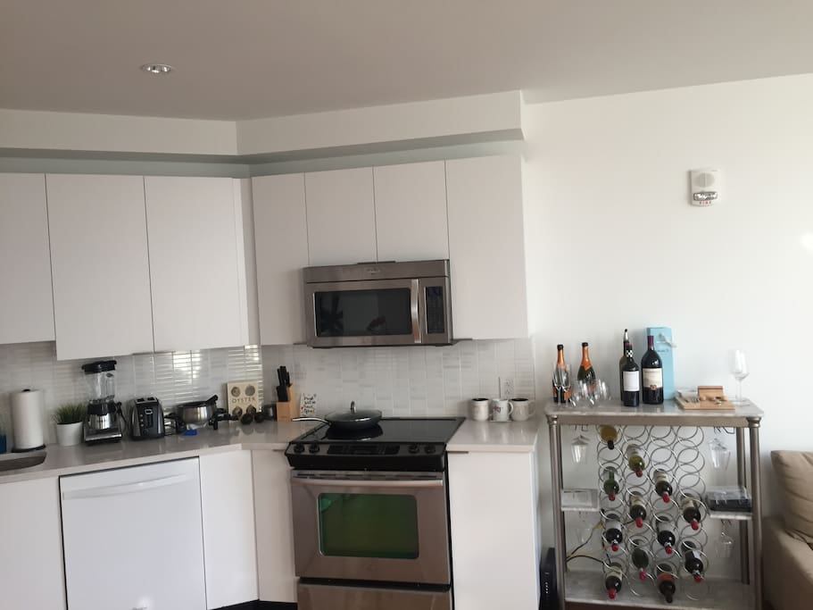 Kitchen and wine rack (for our fellow wine lovers)